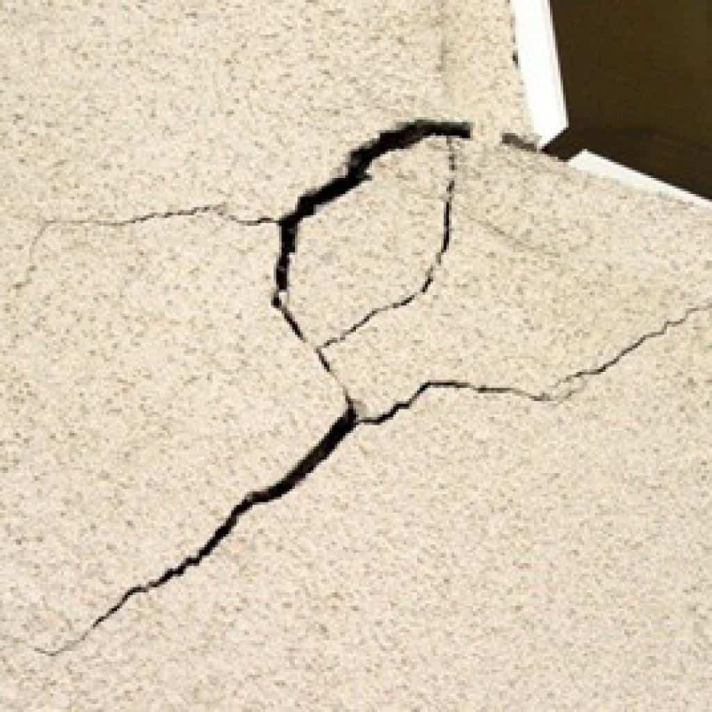 stucco crack repair edmonton